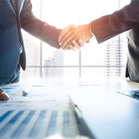 business-people-shaking-hands-blog-square-200x200