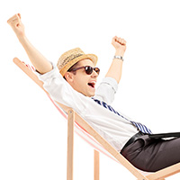 excited_man_in_beach_chair_blog_square_200x200