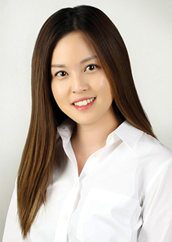 Minae-Lee-Scholarship-Winner-Headshot-blog-vertical-250x350