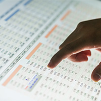Pointing to data on a report