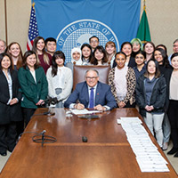 advocacy_1208_bill_signing_photo_2019_blog_square_200x200
